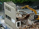 How NOT to demolish a building...