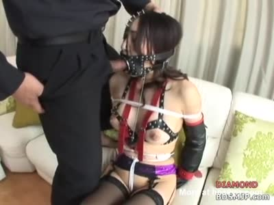 forced-mouth-clamps-femdom-mandingo-vs-tight-pussy