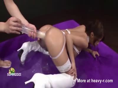 Enema anal messy